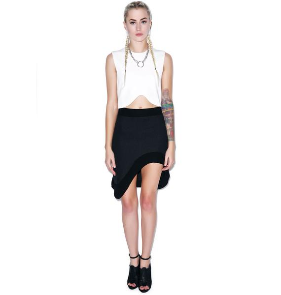 BLQ BASIQ Curved Crop Top