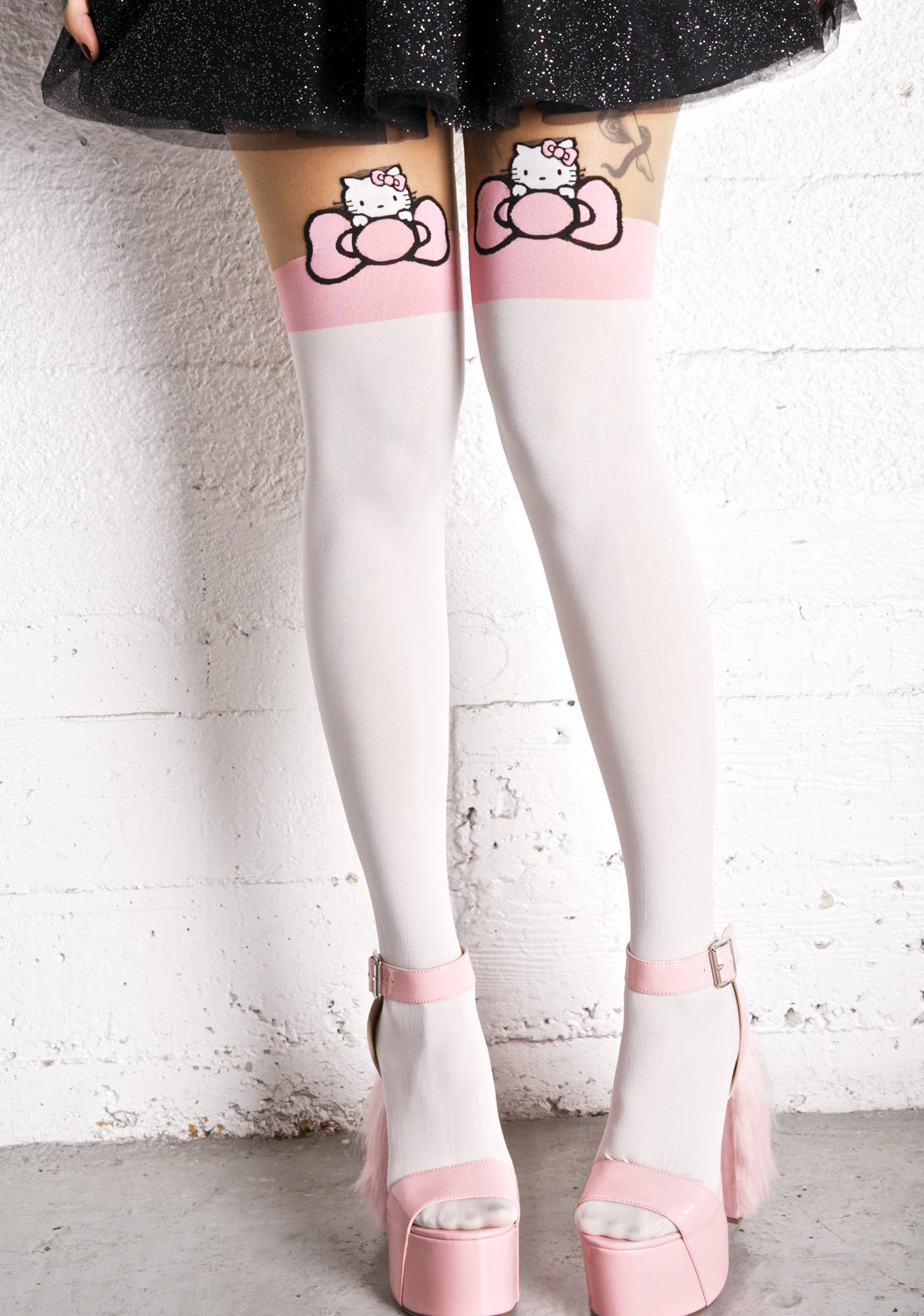 Hello Kitty Peek-A-Bow Tights