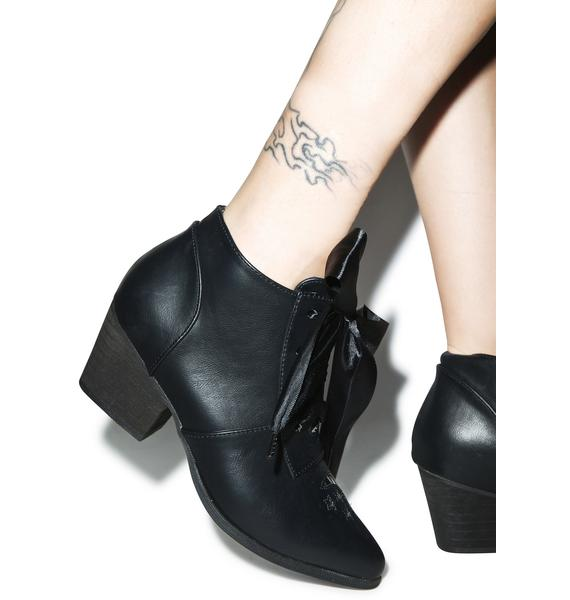 Y.R.U. Aura Lo Ankle Boots
