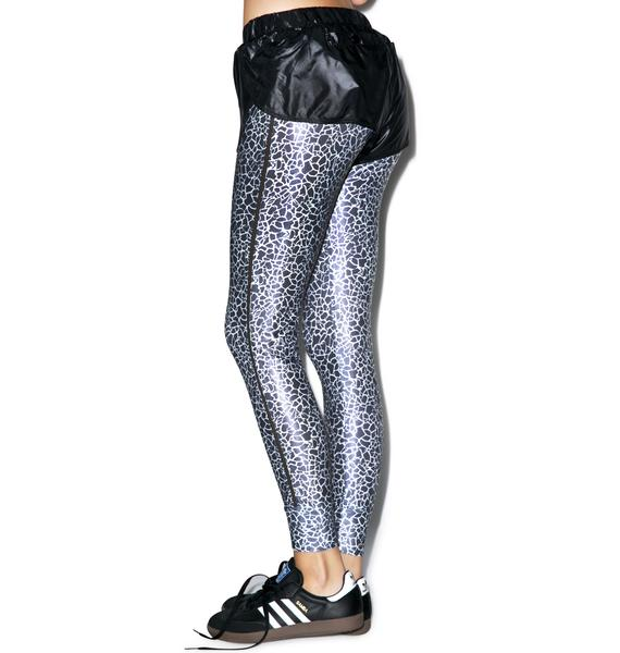 Catch Me If Yew Can Leggings