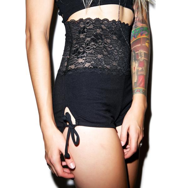 Varga Girl Short
