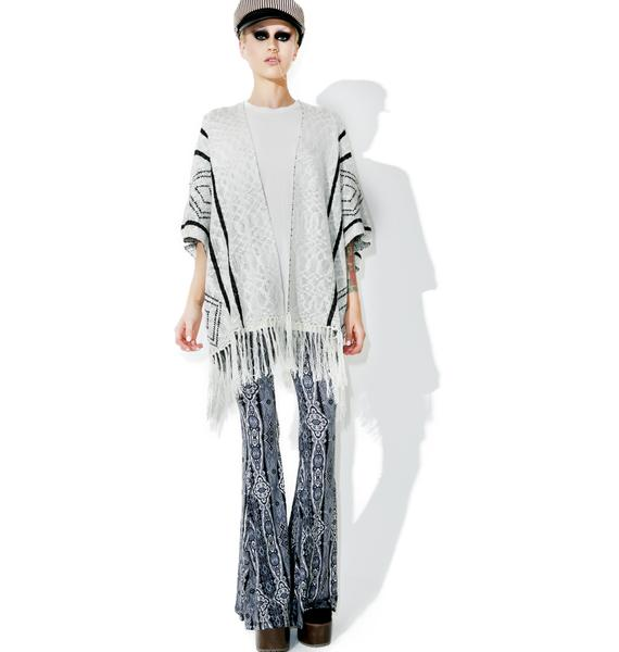 Daybreaker Fringe Kimono