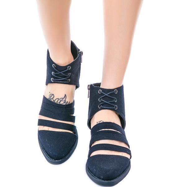 Y.R.U. Xena Shoes