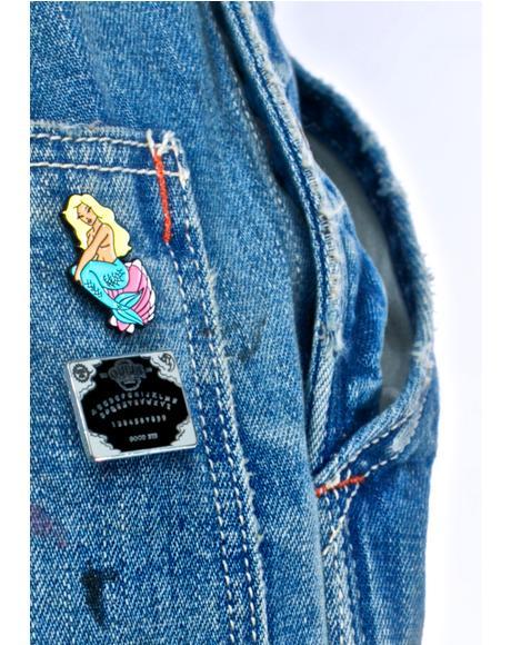 Spirit Board Pin