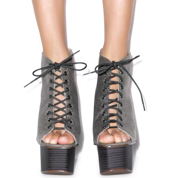 Kelly Taylor Heels