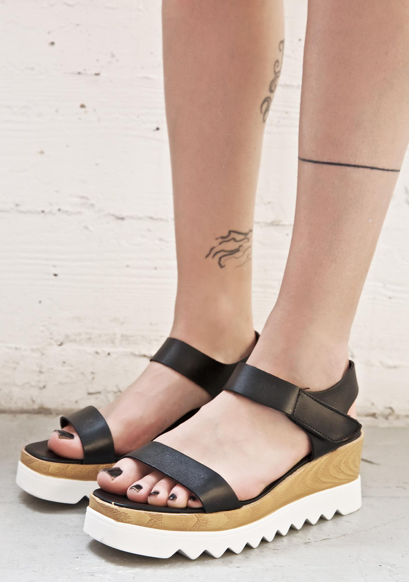 pebble beach platform sandals dolls kill. Black Bedroom Furniture Sets. Home Design Ideas
