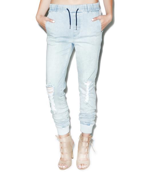 Belair Bleach Jeans