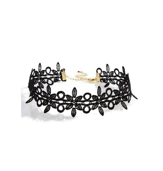 Wilted Dream Lace Choker