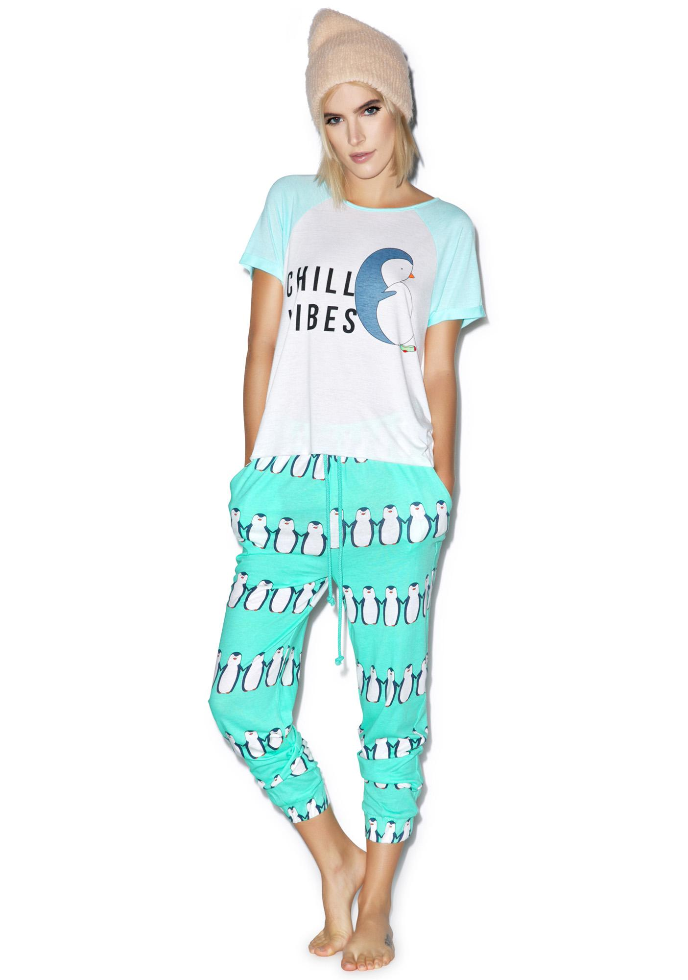 Mink Pink Just Chillin T Shirt