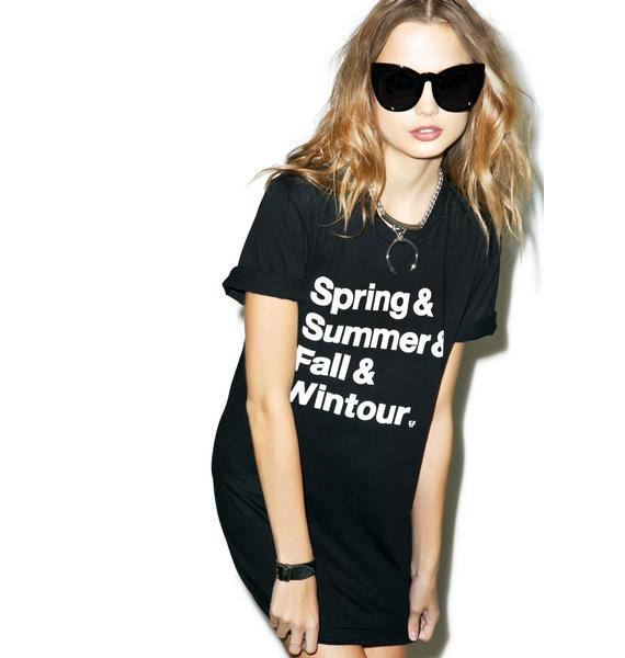 Petals and Peacocks Wintour List Tee