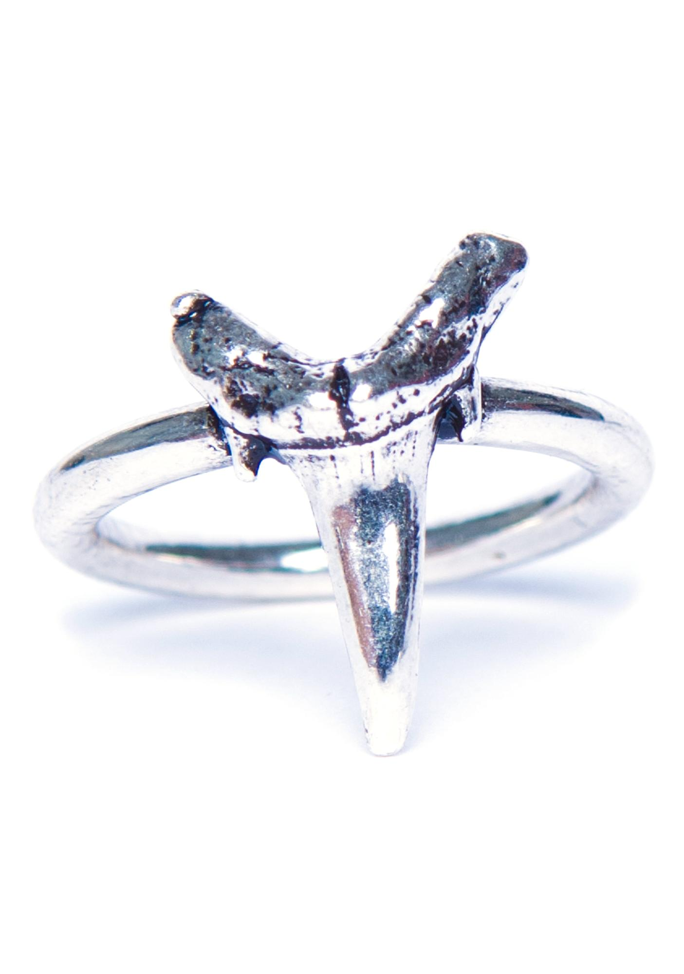 Luv AJ Plain Shark Teeth Ring