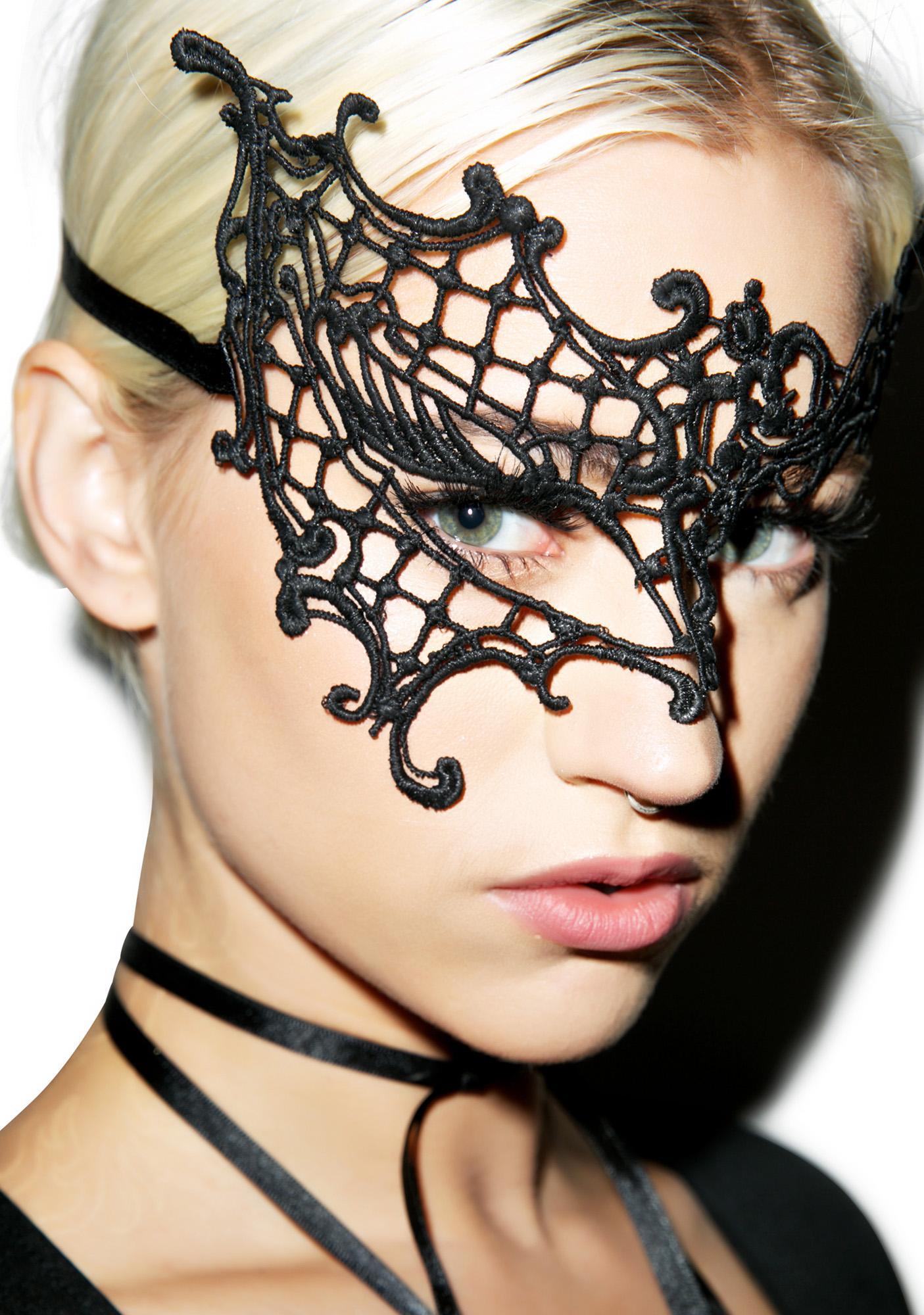 Daring Diva Eye Mask