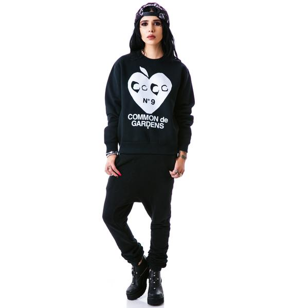 Hollywood Made UC Apple Heart Crew Pullover Sweatshirt