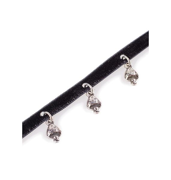 Camp Collection Black Velvet Mushroom Choker